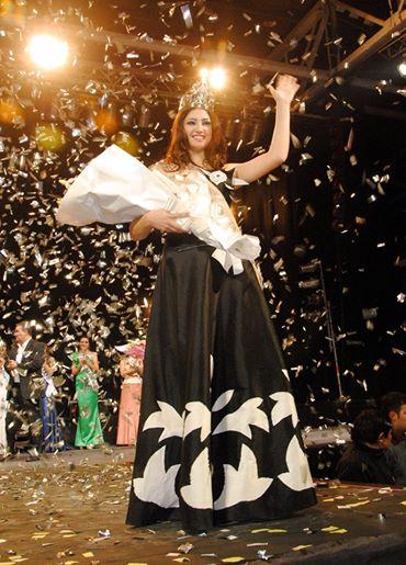 Antonella Tua  Reina Nacional e Internacional del Poncho 2014
