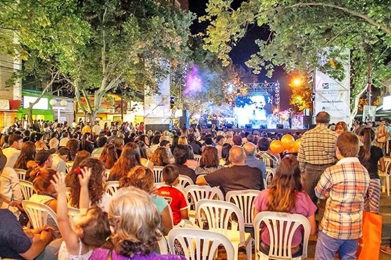 fiesta-provincial-del-turismo-san-rafael3