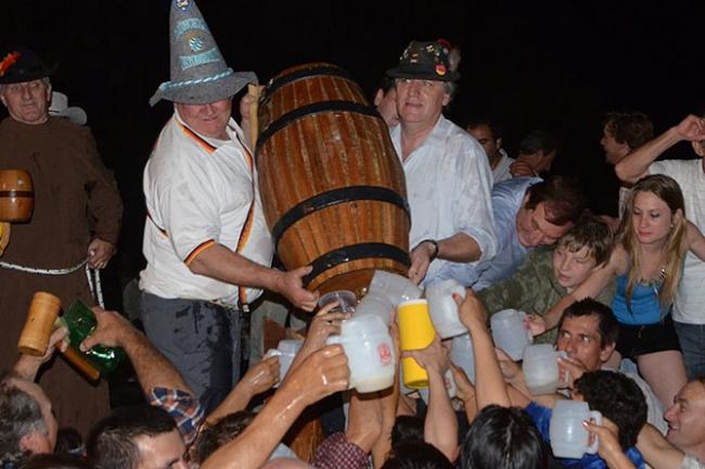 fiesta-de-la-cerveza-castelli4