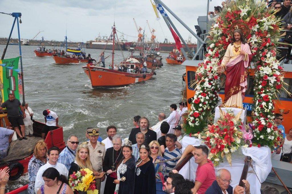 fiesta-nacional-de-los-pescadores-en-mar-del-plata